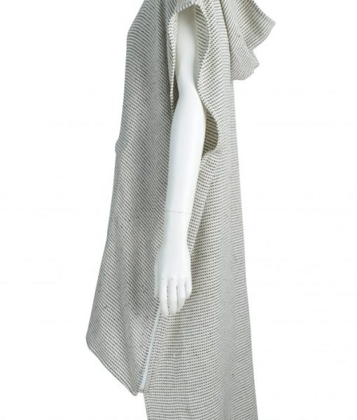 Unzip the sides of this LOLL turkish towel poncho